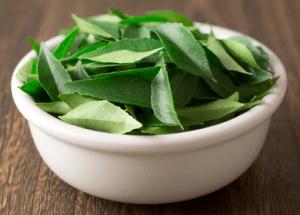 3 Anti-aging Herbs Neem Oil