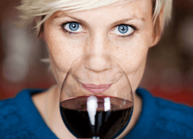 Red Wine and Your Gut? Boost Your Beneficial Belly Bugs!