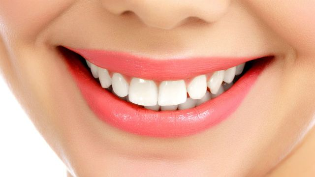 How To Improve Teeth Health Naturally