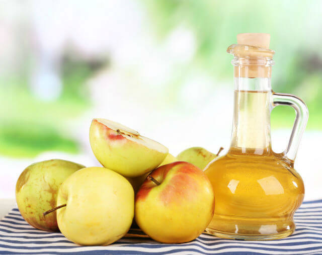 Zap Bacteria with Apple Cider Vinegar and These 6 Other