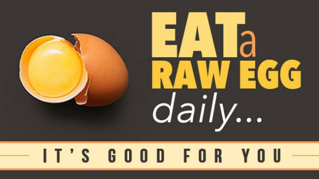 7 Reasons to Eat a Raw Egg Daily