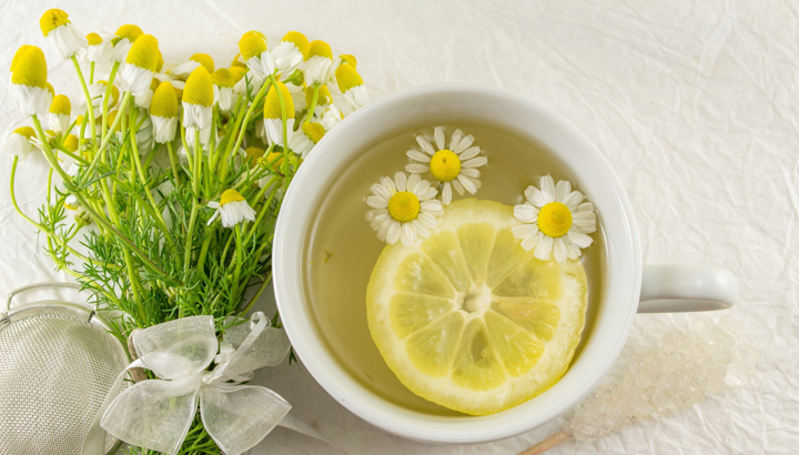 5 Reasons You Need To Make Your Own Herbal Tea