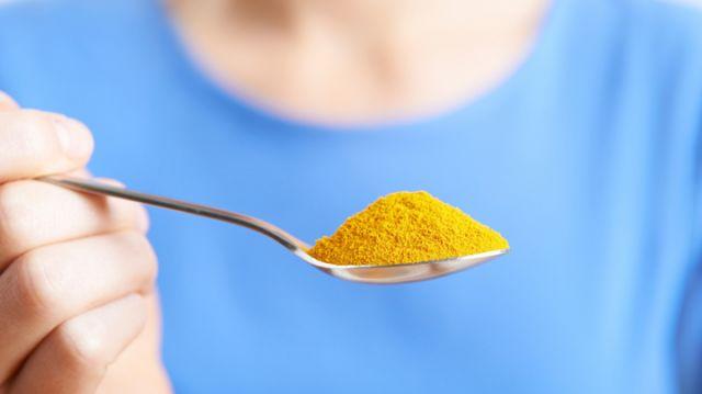 tumeric-powder-as-alternative-medicine