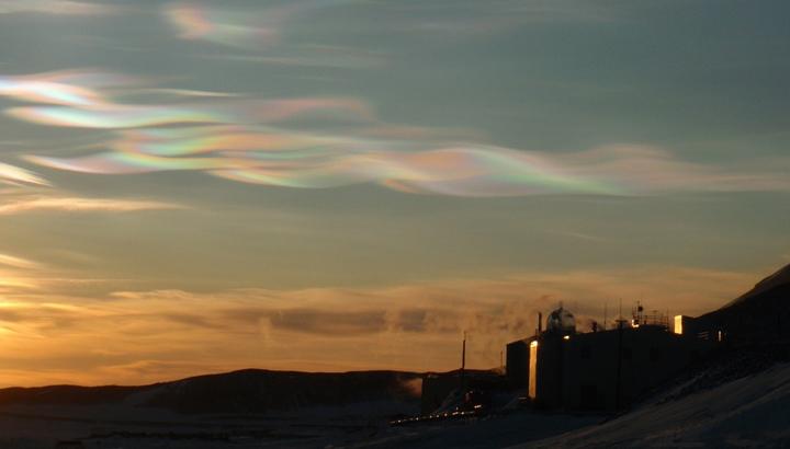 nacreous-clouds