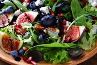 4-ways-to-dress-up-your-salads