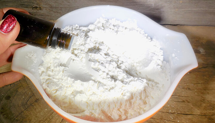 DIY Medicated foot powder Photo 5