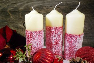 Festive Painted Christmas Candles Covered with Epsom Salts Feature Photo