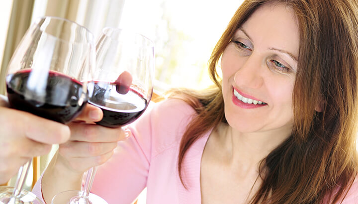 Get help with menopause by reducing alcohol intake