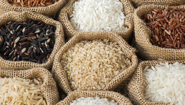 White and brown rice varieties