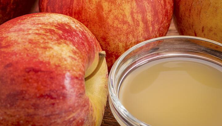 Slash post-holiday fat with raw apple cider vinegar