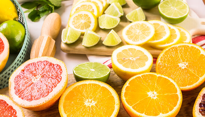 Citrus fruits can help bad breath