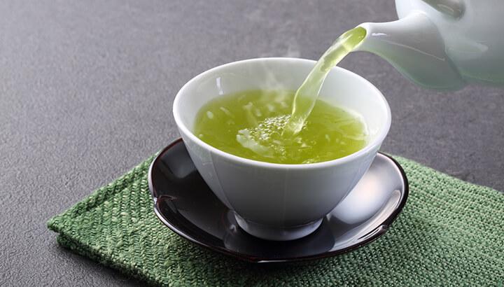 Green tea may be more effective than a golden facial