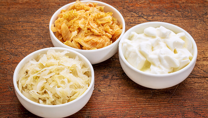 Probiotic foods can help eliminate halitosis and tongue scum.