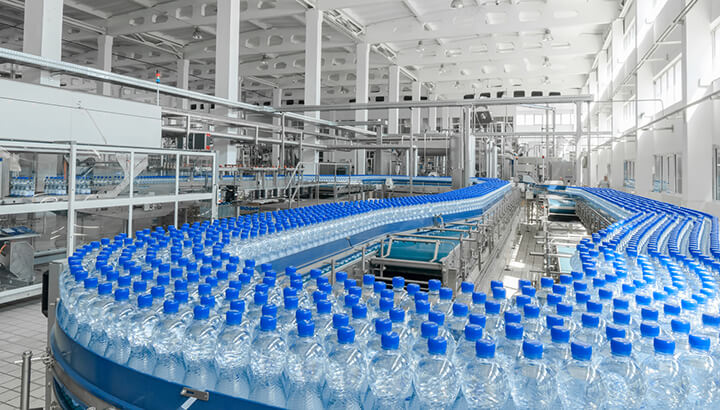 "The extreme filtration process of bottled water leads to ""dead water."""