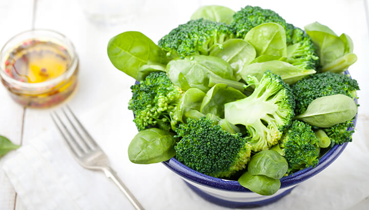 Vegetable proteins like broccoli and spinach can help prevent heart failure.