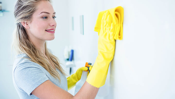Use vinegar to keep your bathroom clean and odor-free.
