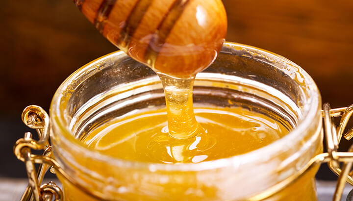 Raw honey can aid your weight loss efforts