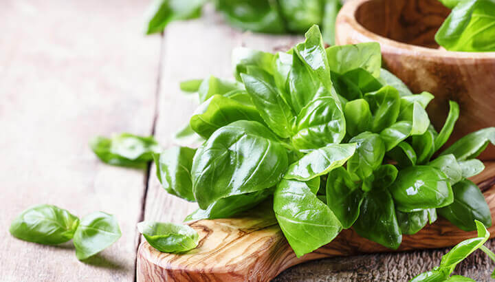 Add basil to green tea for a natural anti-inflammatory.