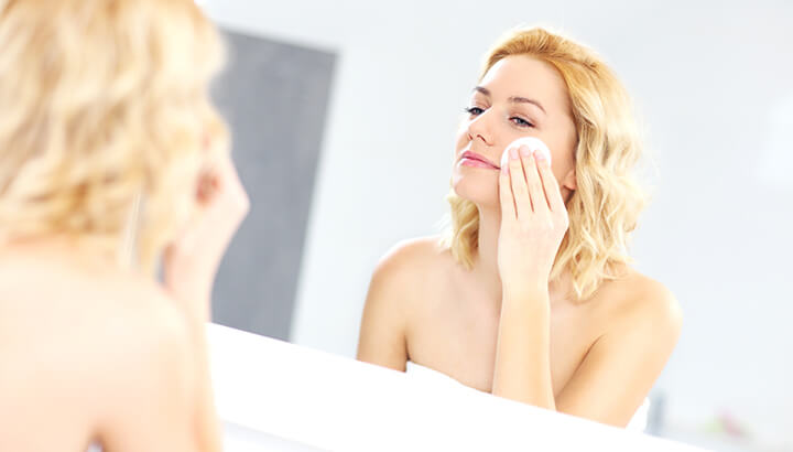 Apply warm salt water directly to acne to kill the bacteria.