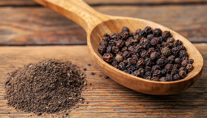 Black pepper combined with turmeric can fight off inflammation.
