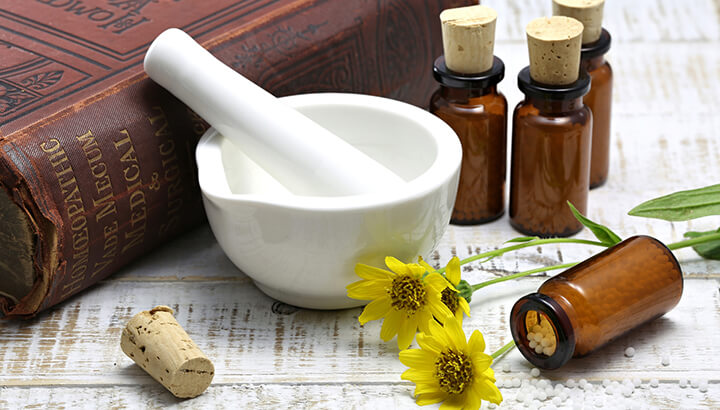 Studies have shown that arnica acts as a natural painkiller after surgery.