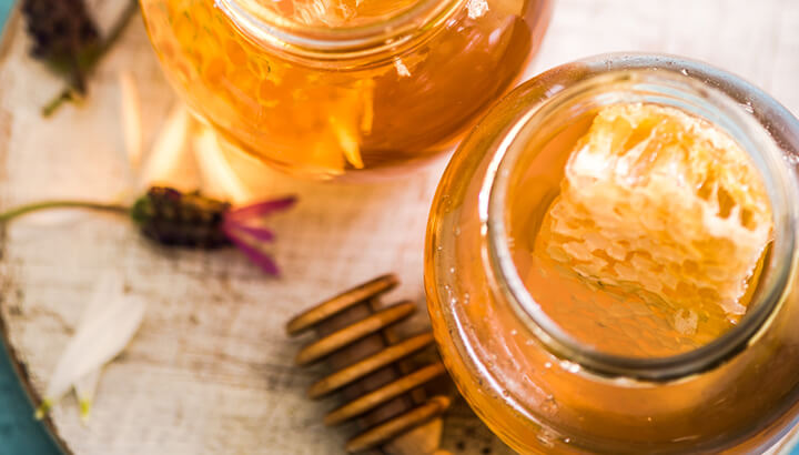 Try honey, coconut oil and beeswax for a soothing anal fissure treatment.